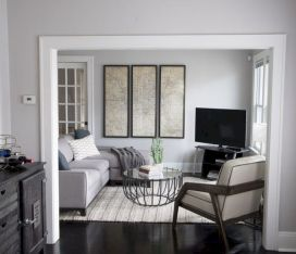 Charming gray living room design ideas for your apartment 38