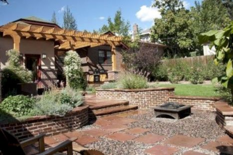 Comfy green country backyard remodel ideas 03