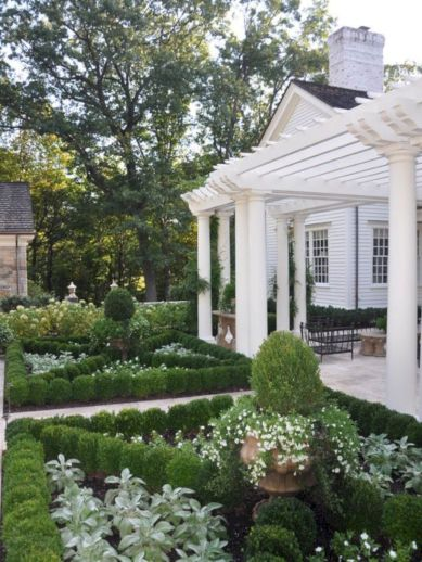Comfy green country backyard remodel ideas 06