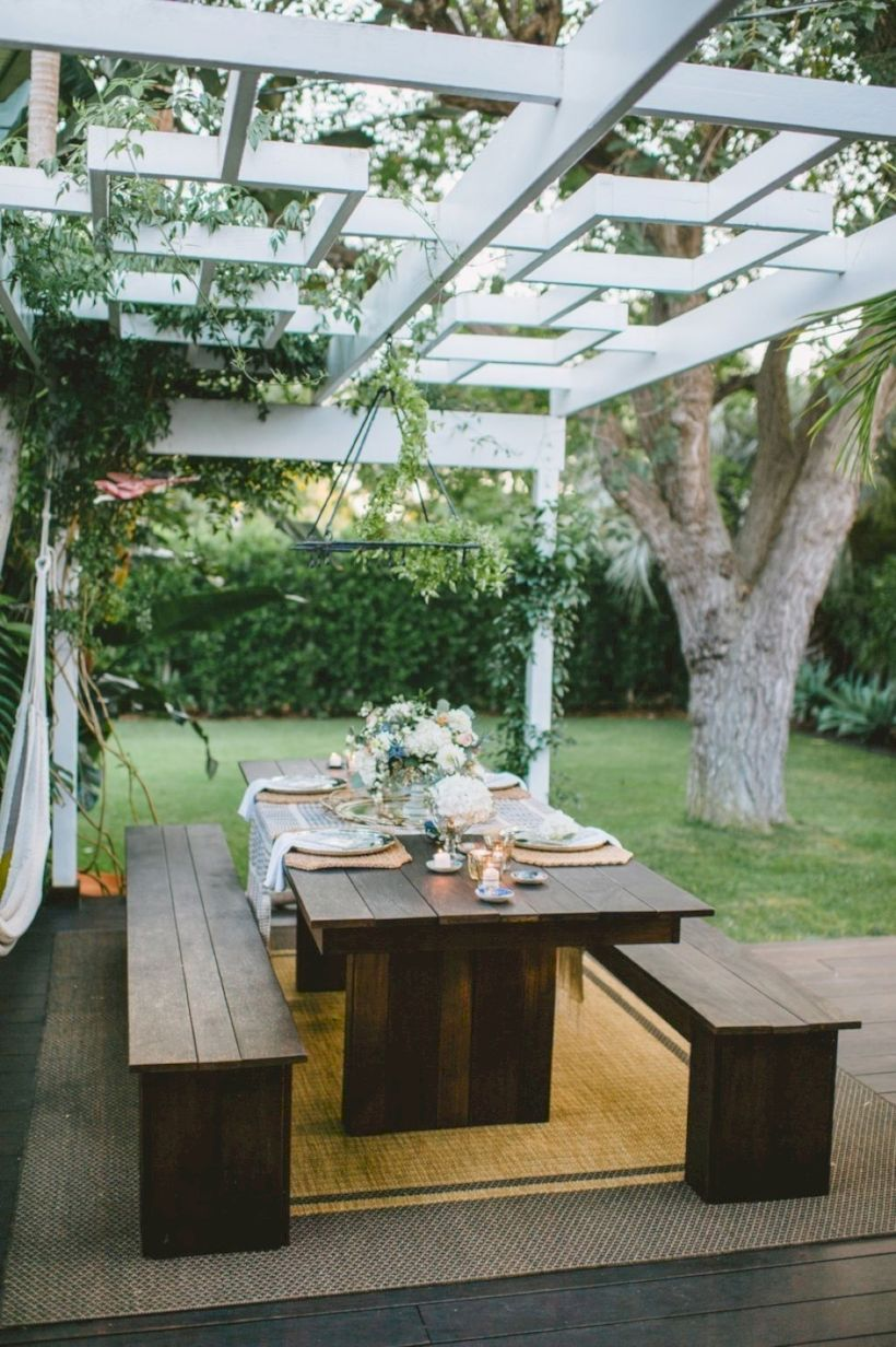 Comfy green country backyard remodel ideas 34