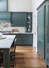 Cozy color kitchen cabinet decor ideas 08