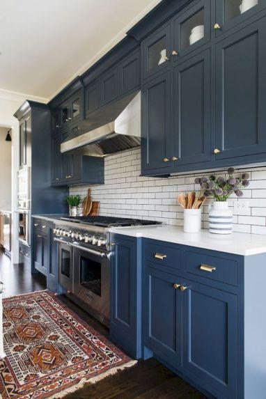 Cozy color kitchen cabinet decor ideas 20