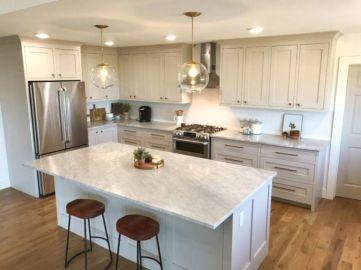 Cozy color kitchen cabinet decor ideas 28