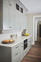 Cozy color kitchen cabinet decor ideas 44