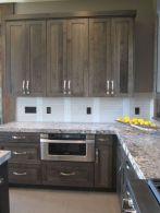 Cozy color kitchen cabinet decor ideas 50