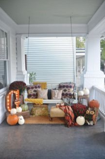 Fantastic front porch decor ideas 26