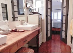Perfect master bathroom design ideas for small spaces 01