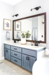 Perfect master bathroom design ideas for small spaces 28