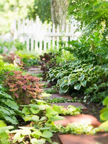 Stunning landscape pathways ideas for your garden 19