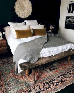 Unique white minimalist master bedroom design ideas 01