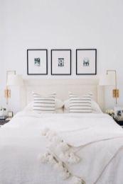 Unique white minimalist master bedroom design ideas 27
