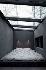 Unique white minimalist master bedroom design ideas 28