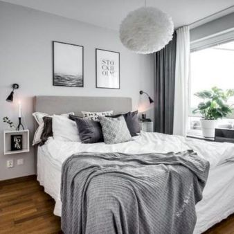 Unique white minimalist master bedroom design ideas 43