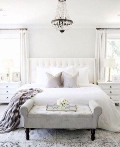Unique white minimalist master bedroom design ideas 46
