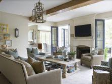 Wonderful traditional living room design ideas 04