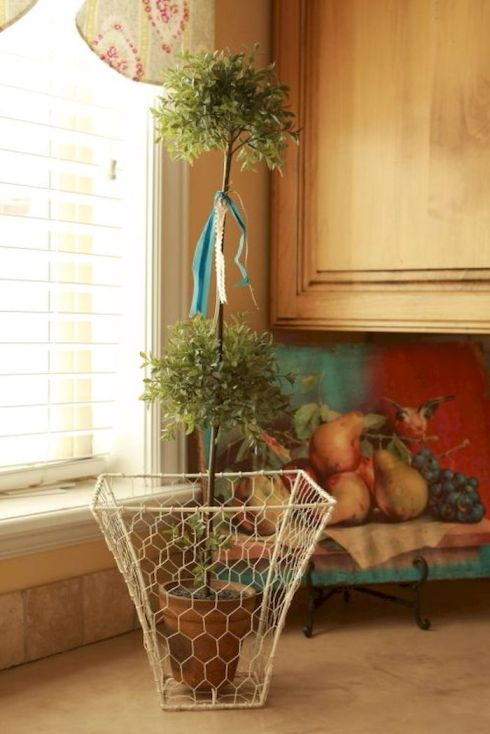 Best ideas to reuse old wire baskets 13