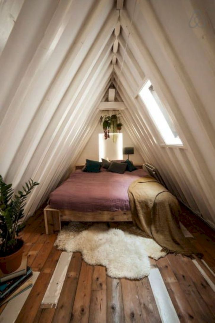 Charming bedroom design ideas in the attic 46