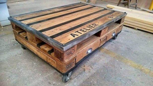 Graceful pallet furniture ideas 32