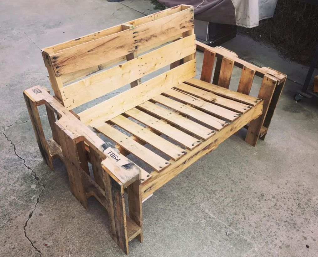 Graceful pallet furniture ideas 47