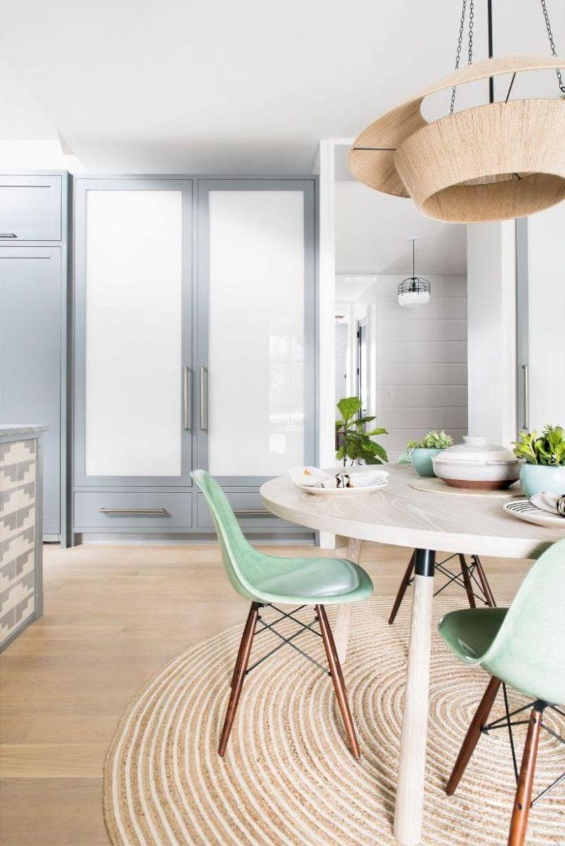 Lovely dining room tiles design ideas 19