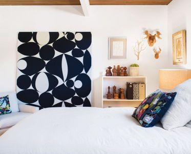 Stunning eclectic collector bedroom ideas 33