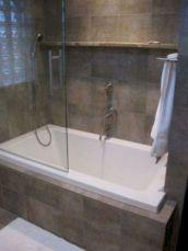 Creative functional bathroom design ideas 49
