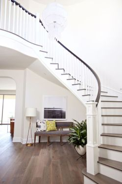 Unique coastal stairs design ideas for home this summer 24