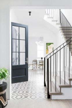 Unique coastal stairs design ideas for home this summer 26