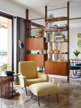 Unique mid century living room décor ideas 32