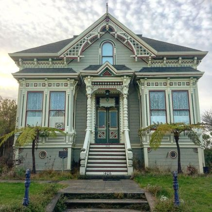 Affordable old house ideas look interesting for your home 13