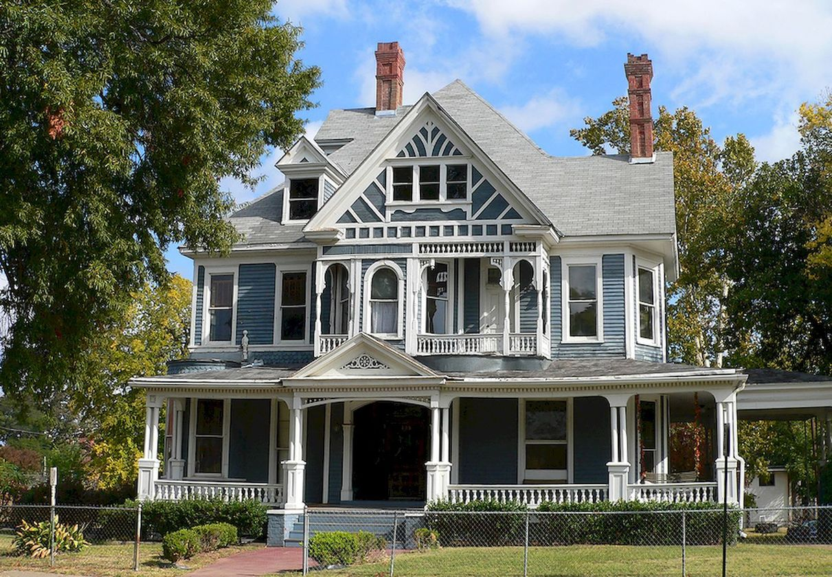 Affordable old house ideas look interesting for your home 31