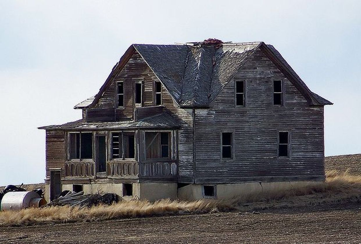 Affordable old house ideas look interesting for your home 39