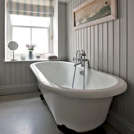 Amazing country bathrooms ideas you can imitate 08