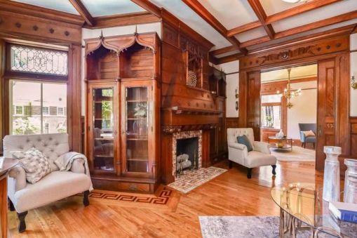 Amazing old houses design ideas will look elegant 03