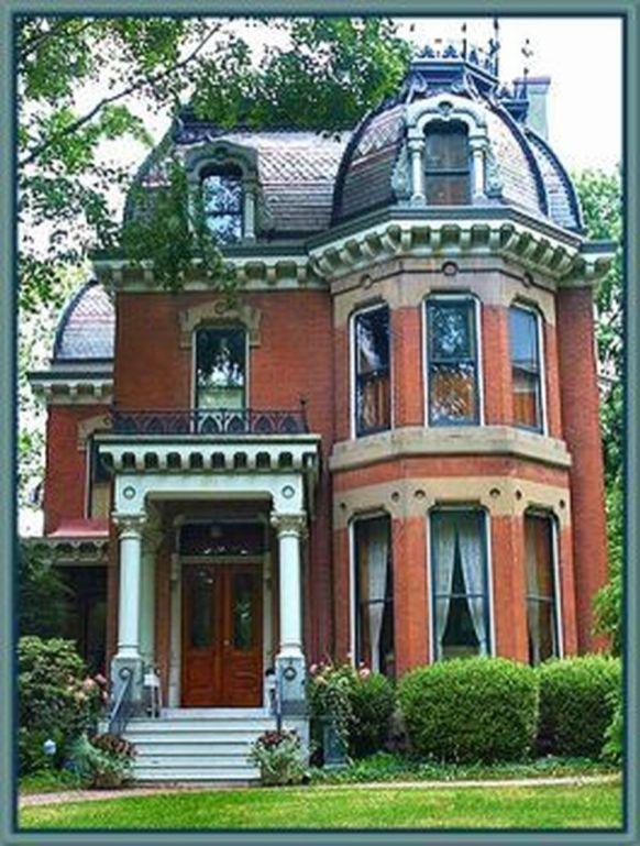 Amazing old houses design ideas will look elegant 06