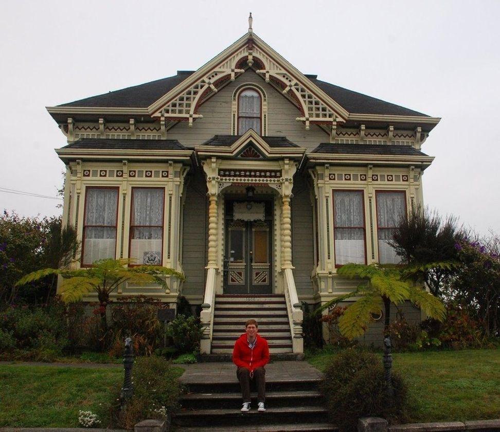 Amazing old houses design ideas will look elegant 19