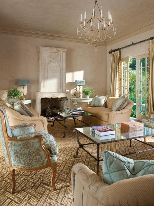 Attractive traditional living room designs ideas in italian 16