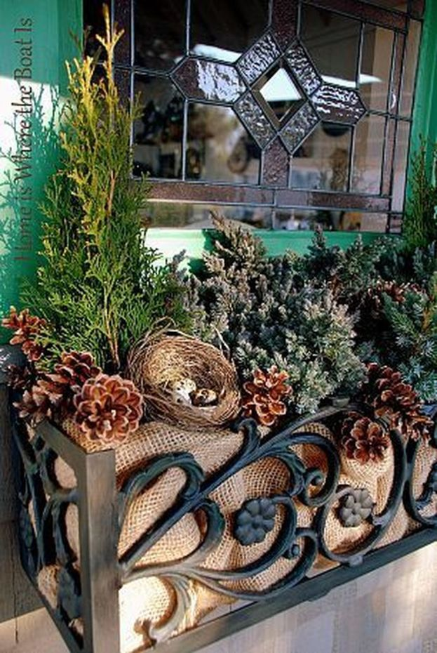 Attractive window box planter ideas to beautify up your home 22