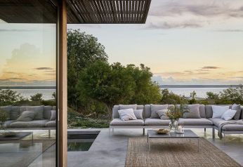 Charming living room design ideas for outdoor 21