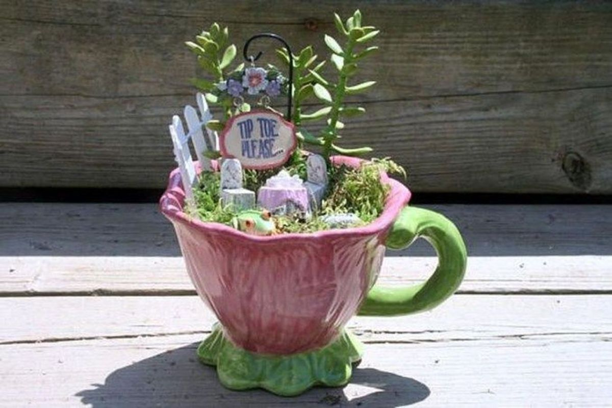 Impressive mini garden mug ideas to add beauty on your home 46