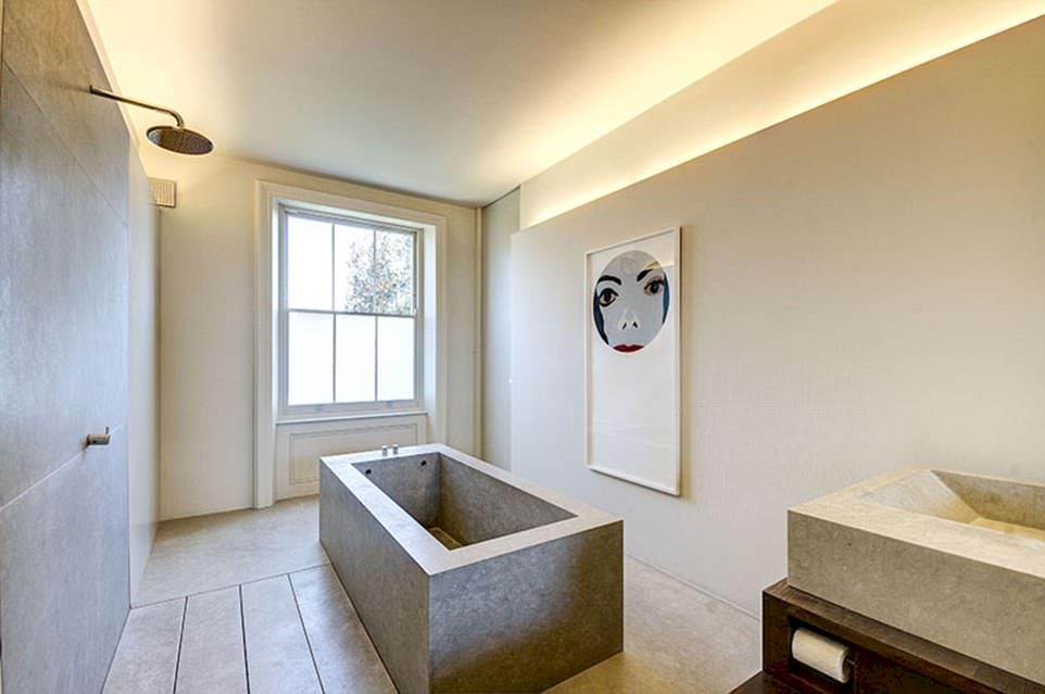 Stunning wet room design ideas 29