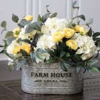 Stunning wood flower box ideas to beautify the flower decoration 29