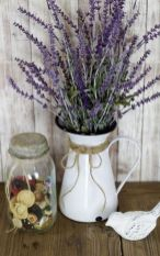 Stunning wood flower box ideas to beautify the flower decoration 31