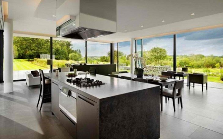 A-modern-country-house-with-magnificent-countryside-views-5