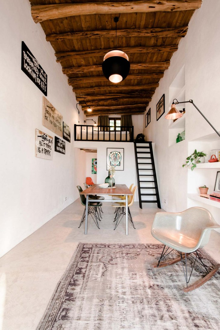A-modern-guest-house-that-once-a-200-year-old-stable-4