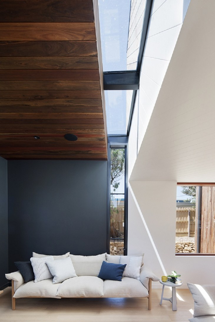 A-relaxed-and-playful-family-beach-house-that-anyone-will-love-4