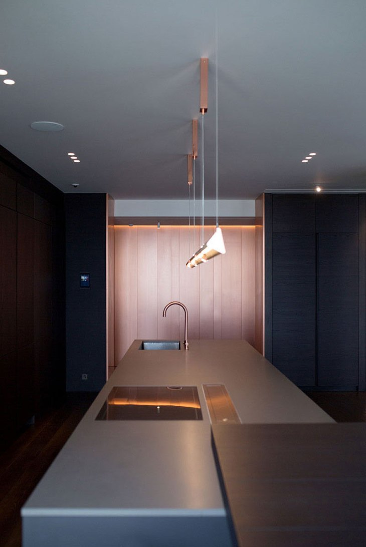A-tremendous-apartment-interior-design-with-copper-accents-6