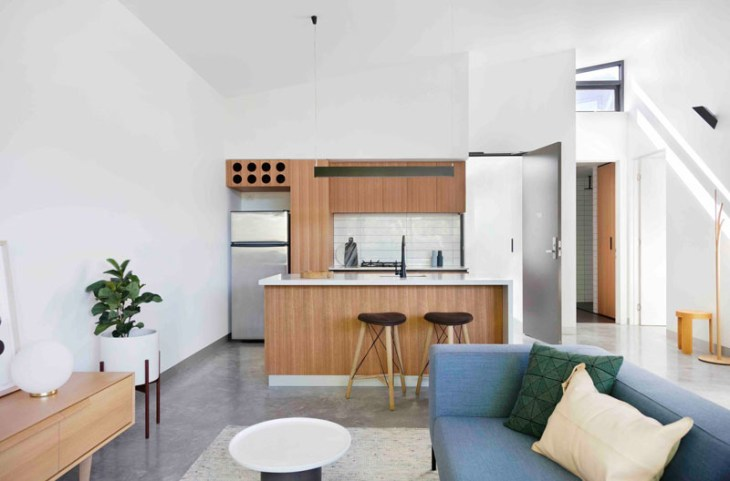 A-unique-apartment-design-which-appears-as-a-single-dwelling-4