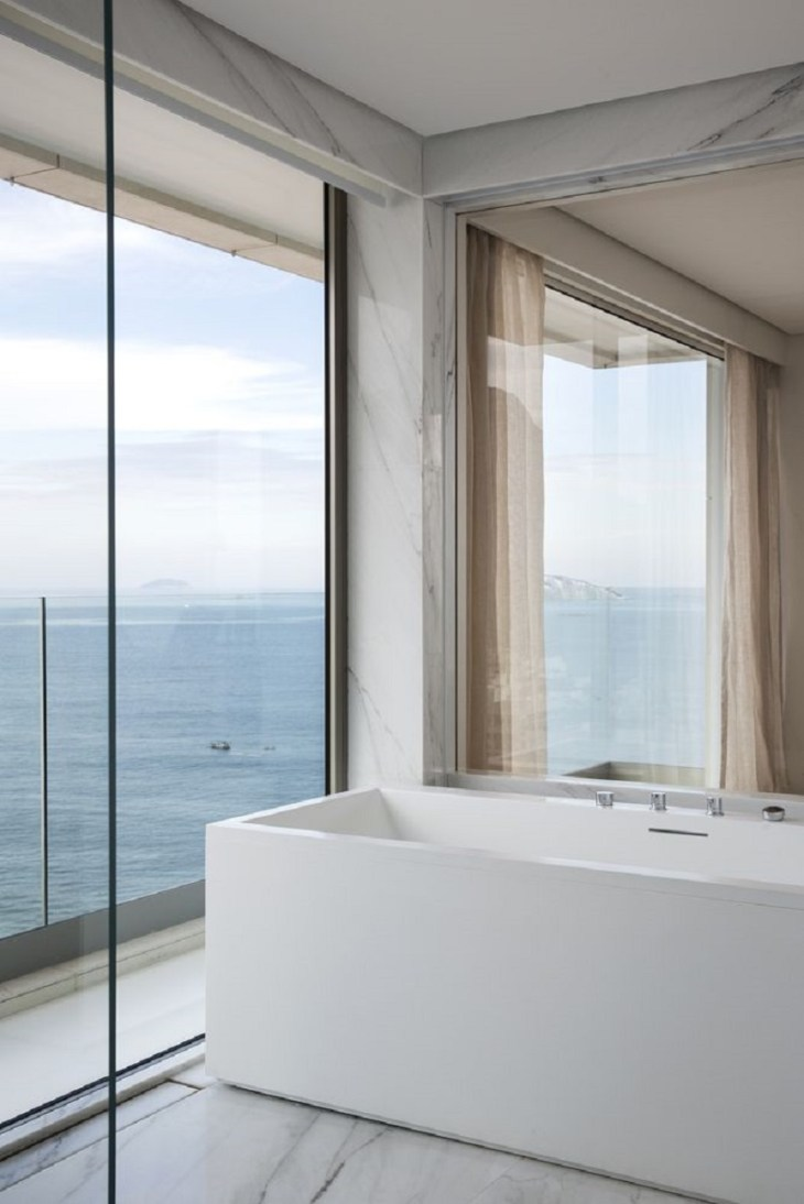 An-apartment-with-360-degrees-views-to-see-magnificent-panoramas-6