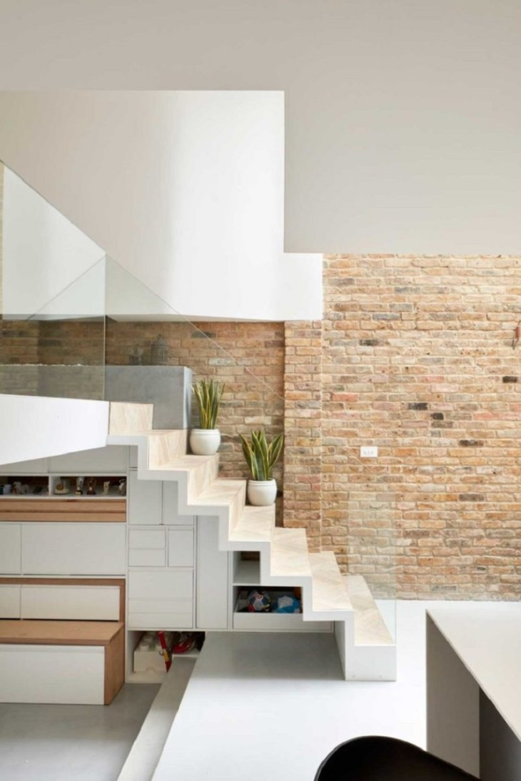 Cool-contemporary-house-with-split-levels-that-any-one-will-love-5